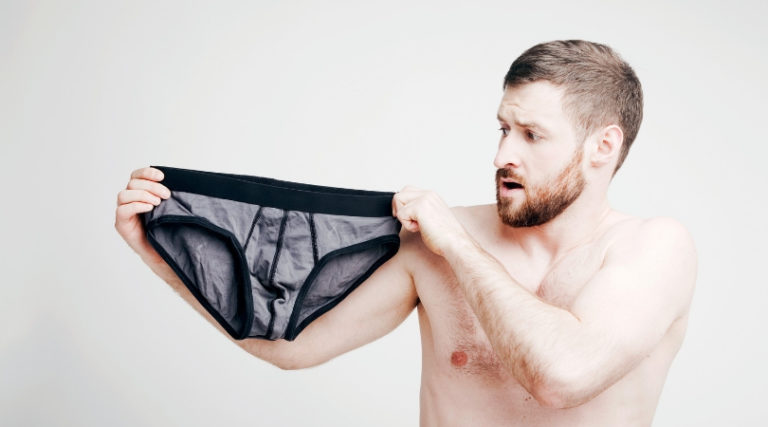 What Kind of Underwear to Wear on a Date?